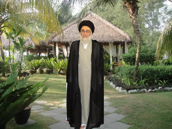 «سید مجتبی شیرازی برادر سید صادق و فحاش به مقام معظم رهبری- پدر زن یاسر الحبیب»